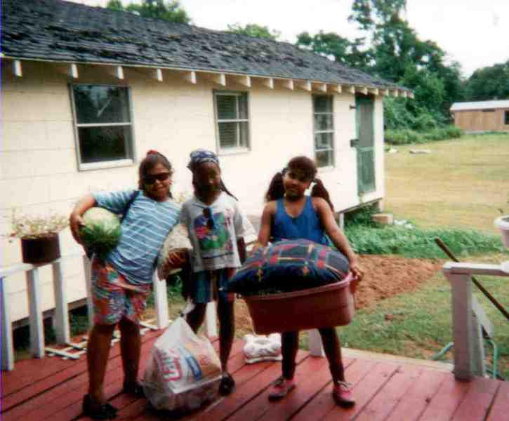 As a Lip Girl, age 9, far left with my cousin (middle) and my baby sister (far right, no Lipedema)