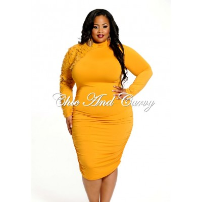 chiccurvymustarddress